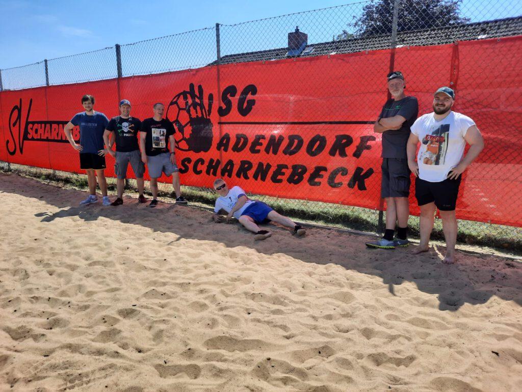 BeachplatzWindschutz_Helfer